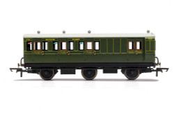 Hornby Coach R40134 SR, 6 Wheel Coach, Brake 3rd Class, Fitted Lights, 3750 - Era 3