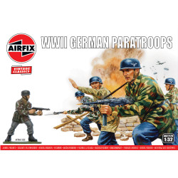 Airfix A02712V WWII German Paratroops 1:32 Plastic Model Kit