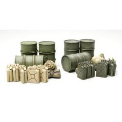 TAMIYA 32510 Jerry Can Set 1:48 Military Model Kit