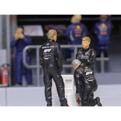 Slot Track Scenics Fig.20 Medical Crew Pack A - for Scalextric