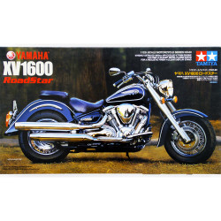 TAMIYA 14080 Yamaha XV1600 Road Star 1:12 Motorbike Model Kit