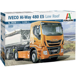 Italeri 3928 Iveco Hi-Way 480E5 (Low Roof) 1:24 Plastic Model Truck Kit