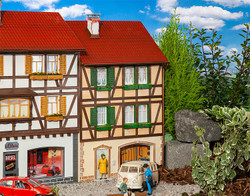 Pola Townhouse Relief Building Kit PO331778 G Scale