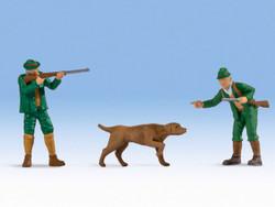Noch Hunters (2) & Dog Figure Set N17842 O Scale