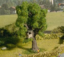 Noch Oak Tree with Treehouse 10cm N21766 N Scale
