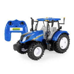 Britains 43305 Radio Controlled New Holland T6 Tractor 1:16 Toy Farm Vehicle