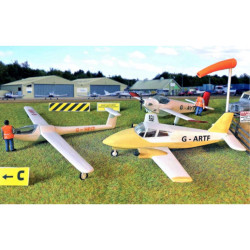 GAUGEMASTER Fordhampton Airfield Planes & Gliders OO Gauge Building Kit GM443