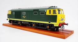 Heljan Class 35 BR Green Full Yellow Ends O Gauge Diesel Model Train HN3587