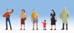 NOCH Pedestrians (6) Hobby Figure Set HO Gauge Scenics 18100