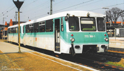 Piko Expert DBAG BR772 Diesel Railcar & Trailer V HO Gauge 52884