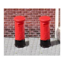 Gaugemaster GM462 Red Pillar Boxes (2) - Pre-made & Pre-coloured OO Gauge Scenics