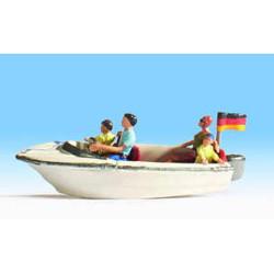 NOCH Motor Boat w/ Figures HO Gauge Scenics 16820