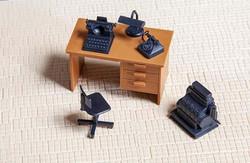 Pola Desk with Accessories Kit G Gauge PO333156