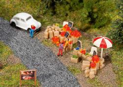 Faller Street Peddling Scene Building Kit III N Gauge 272536