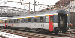 Piko Expert SBB Eurofima 1st Class Coach V PK58537 HO Gauge