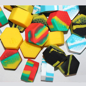 SILICONE HONEYBEE HEXAGON WAX CONTAINER | 18ML | ASSORTED COLORS