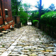Cobblestone Alley from Columbia St
