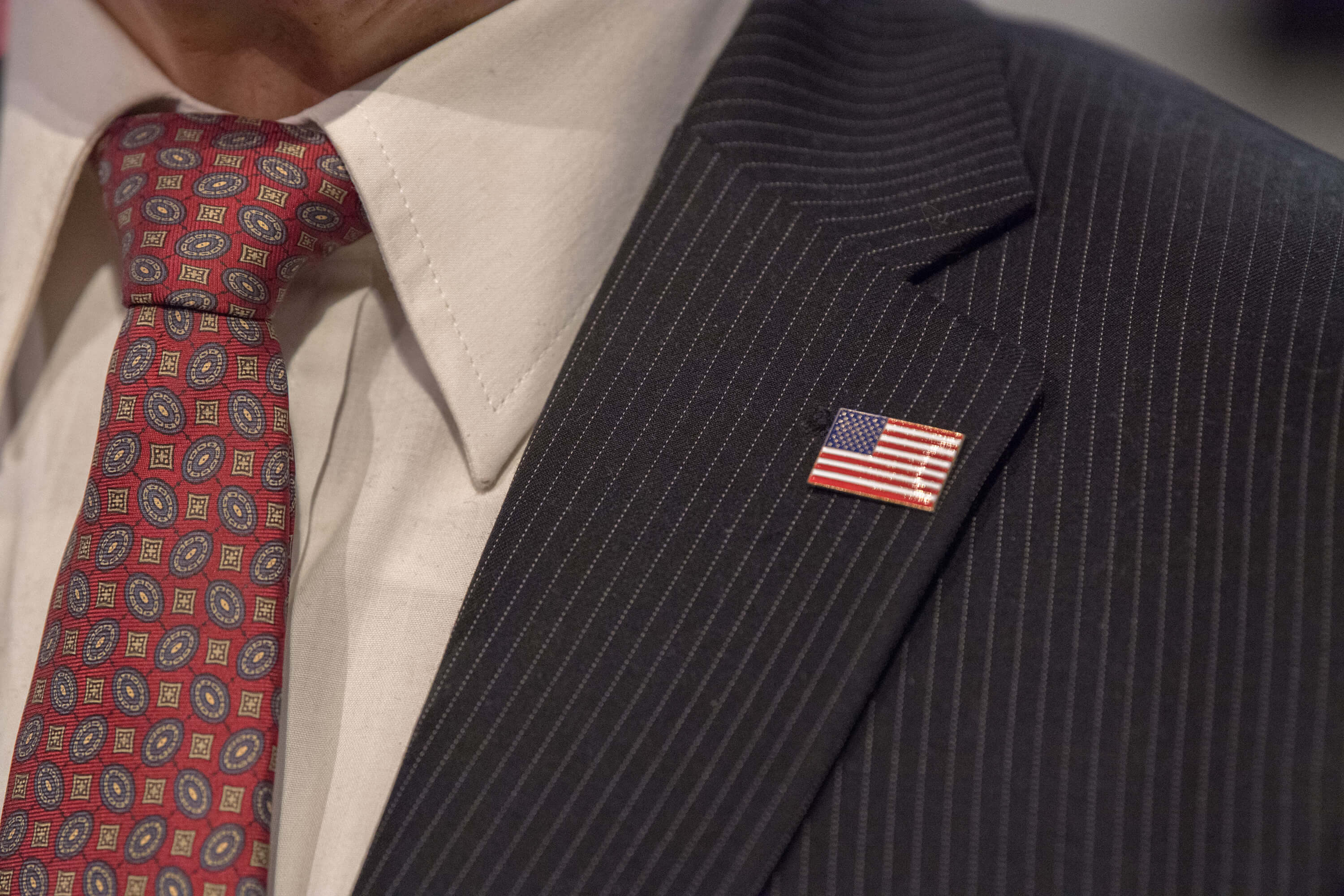 how to wear a lapel pin on a blazer
