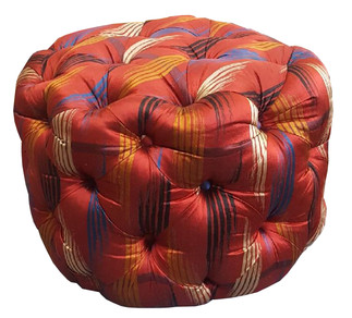5704 Tufted Marshmallow Ottoman