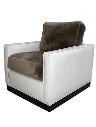 C9116 Lyon Chair with Swivel