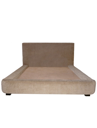 C7038 The Wall Platform Bed