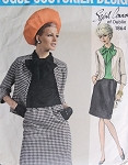 Vintage 60s Vogue Sewing Pattern VOGUE COUTURIER DESIGN 1864 Sybil Connolly Suit and Blouse with Ascot Pussy Bow  Bust 32.5 Mad Men Fashion