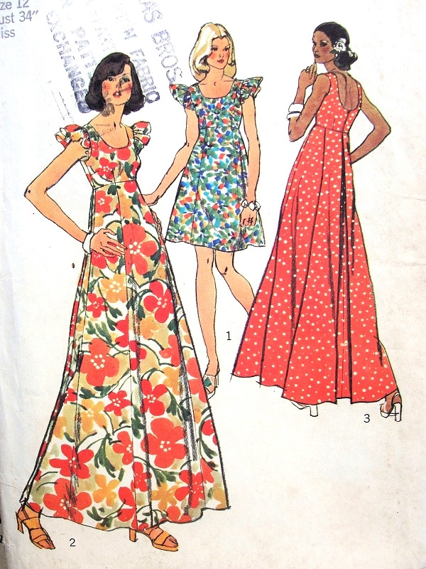 99acb67811f 1970s Mini and Maxi Dress Pattern Figure Flattering Fit and Flare ...