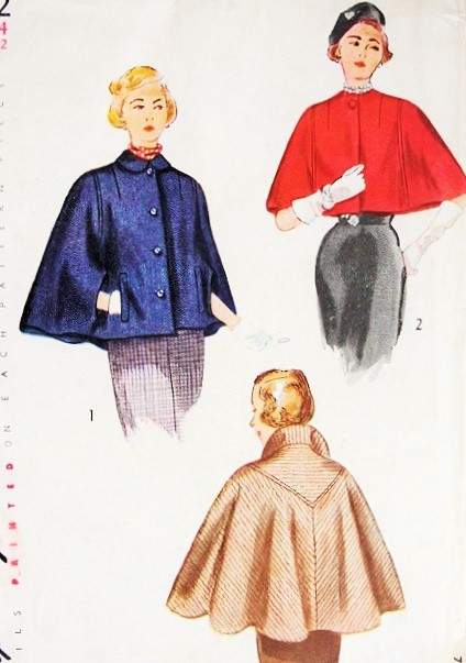 1940s ELEGANT Cape In Two Lengths Pattern SIMPLICITY 3122 Unique V Shaped  Yoke Back Classy Cape Coat Cloak Capelet Day or Evening Bust 32 Vintage