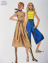 70s FAB Top and Gaucho Culotte Pants Pattern BUTTERICK 6127 High Waist Midi Length Divided Skirt and Oval Neckline Top Bust 36 Vintage Sewing Pattern FACTORY FOLDED