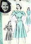 1940s WAR TIME DRESS PATTERN HOLLYWOOD 422 MOVIE STAR BARBARA READ RKO