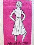 1970s MAIL ORDER PATTERN 9272 FLATTERING FITTED BODICE, FLARED SKIRT