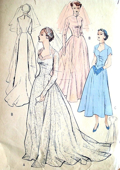 1950s Wedding Gown Bridal Dress Pattern Butterick 5269 Fitted Bodice Sweetheart Neckline Pointed Sleeves Long Flowing Train Version Bust 36 Vintage