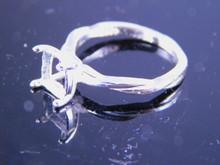 6229 ring 8 mm cushion cut stone, size 8