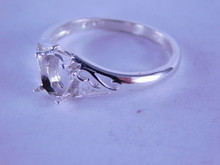 6271 Sterling Silver Ring Mounting, 7 x 5 mm oval, Size 8.5