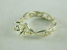 6456 STERLING SILVER FILIGREE RING SETTING, 5.5 MM ROUND FACETED GEMSTONE, SIZE 7.75