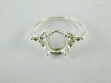 6470 STERLING SILVER RING SETTING, 7 STONE, 1 - 10X8 MM OVAL & 6 - 2.5 MM ROUND FACETED GEMSTONE, SIZE
