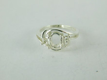 6481 STERLING SILVER RING SETTING, 3 STONE, 1 - 7X5 MM OVAL & 2 - 1.71 MM ROUND FACETED GEMSTONE, SIZE 5.25