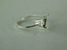 6513 STERLING SILVER RING SETTING, 9 MM HEART CUT FACETED GEMSTSONE, SIZE 6.5