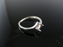 5679 RING SETTING STERLING SILVER, SIZE 4.75, 5X3 MM OVAL STONE