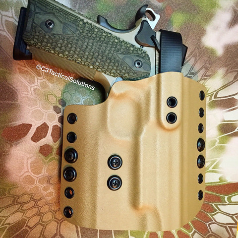 Ultimate Level 2 OWB for a SIG SAUER 1911 Scorpion Carry w/ Rail in FDE. This is our duty version with a Urethane coated nylon thumb break.