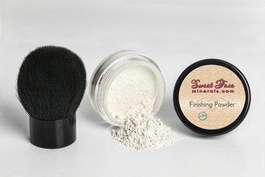 Mineral Finishing Powder with Kabuki Brush