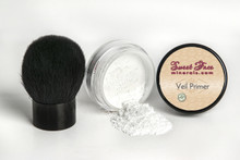 Mineral Veil Primer with Kabuki Brush