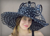 Wide Brim Hat for the Kentucky Derby.