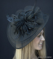 Happy-Go-Lucky Derby Fascinator in Black
