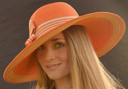 Striped Women's Sun Hat in orange