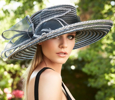 At The Track Derby Hat in Black and White