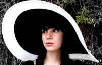Women's  Big Wide Brim Derby Spectator Hat.