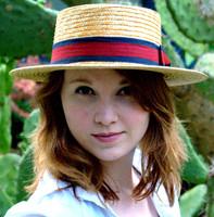 Women's Straw Boater Hat.