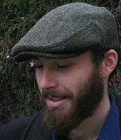 HARRIS TWEED IVY CAP,  TRADITIONAL DARK GREEN  (IR14)