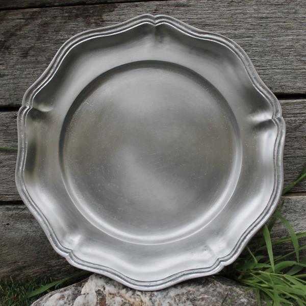 Tudor Plate